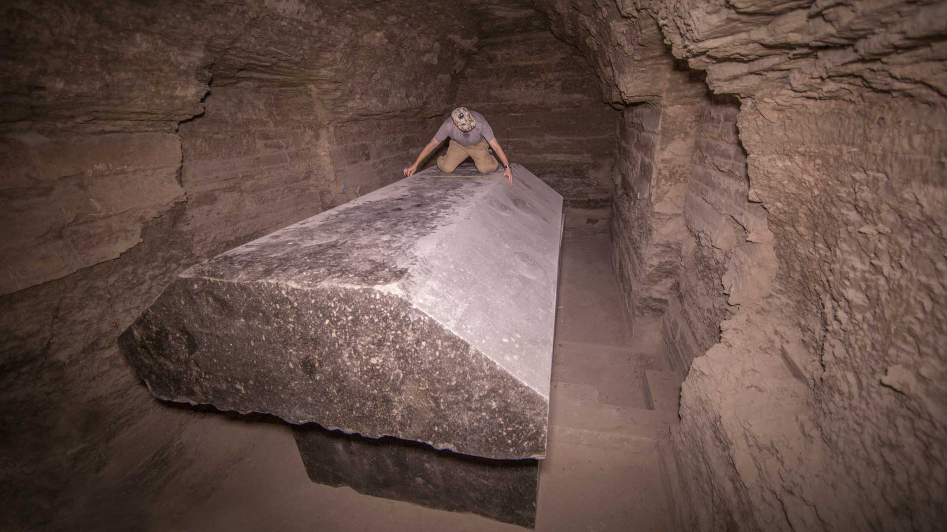 GS when measuring a 20 ton coffin lid