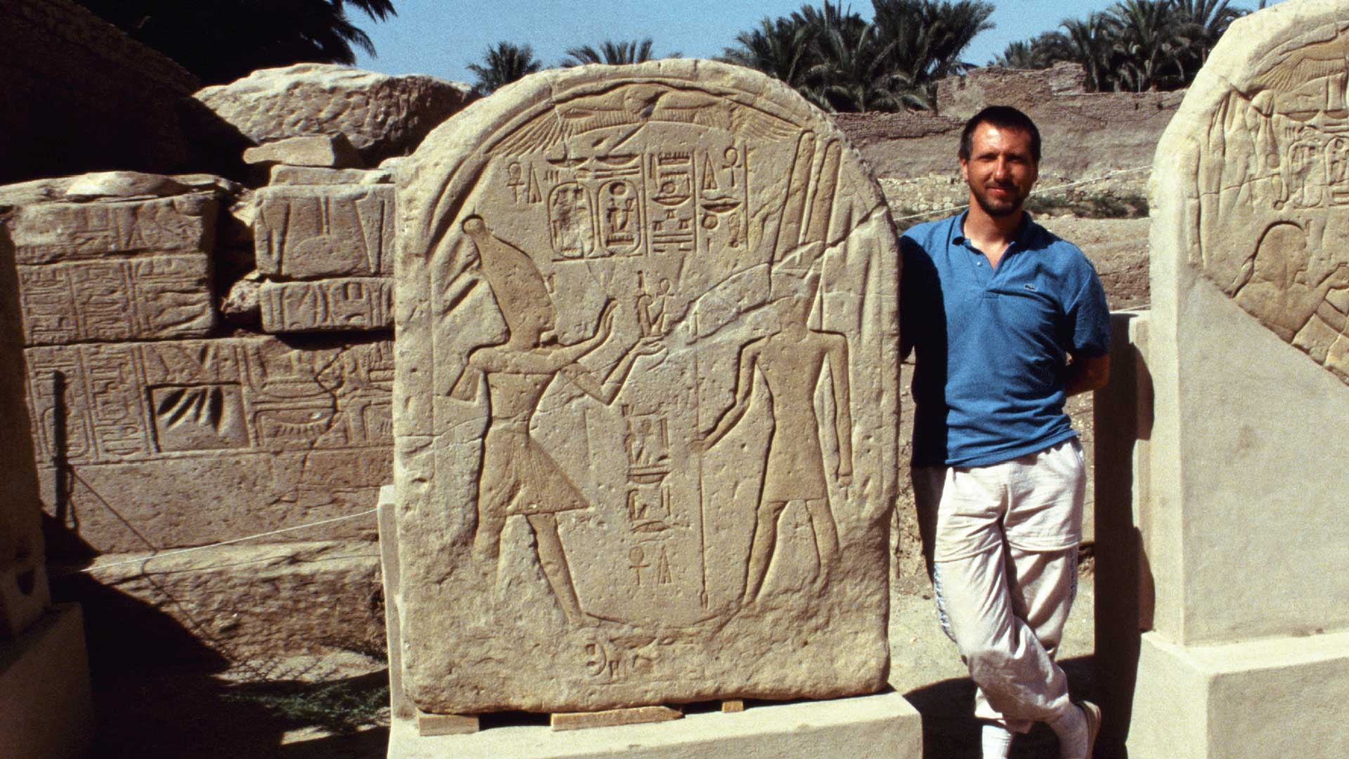Gregor Spörri visits the ancient sites of ancient Egypt in 1988.