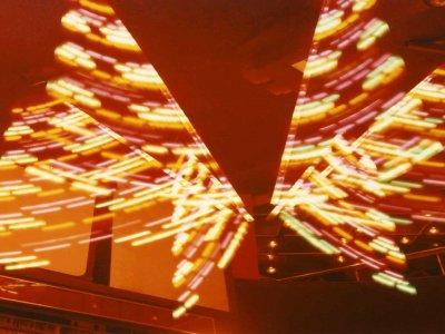 Z-Productions konstruiert Spezialeffekte-Lightshow für die Falken-Disco.
